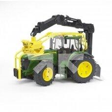 Žaislas Bruder miško traktorius John Deere 7930 03053