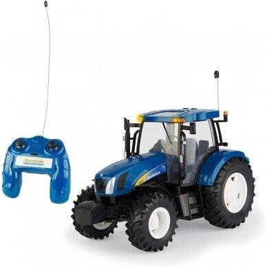 Žaislas traktorius New Holland T6070 Big Farm su pulteliu 42601